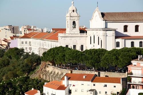 Iglesia, convento y mirador de Graça