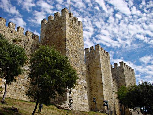 Hotel histórico en el Castillo de San Jorge